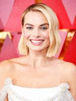 """47038 5 бьюти-приемов, которые использовали звезды на """"Оскаре"""": ягодные губы, ассиметричные прически и другое"""