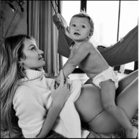47431 Мамин день: беременная Кэндис Свейнпол на прогулке с матерью Эйлин и сыном Анакой