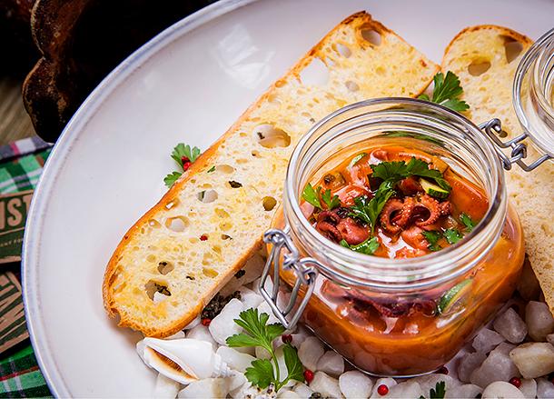 Рецепт закуски из осьминогов от приглашенного редактора Кристиана Лоренцини