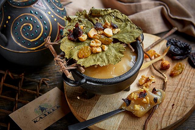 Рецепты грузинских сладостей от приглашенного редактора Мамии Джоджуа
