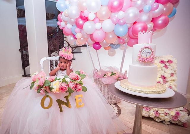 Сиара и Рассел Уилсон отметили первый день рождения дочери