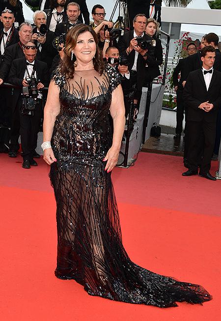 Мама Криштиану Роналду шокировала Канны своим прозрачным платьем
