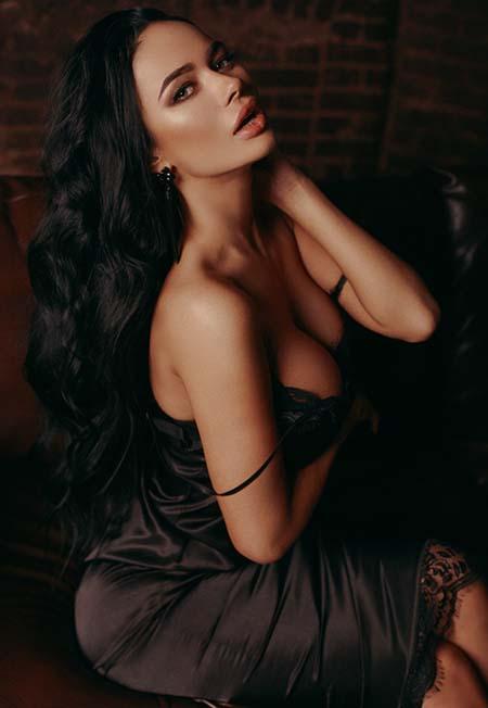 """Секреты красоты от Яны Кошкиной: """"Пока ты не полюбишь свои волосы, они не ответят тебе взаимностью"""""""