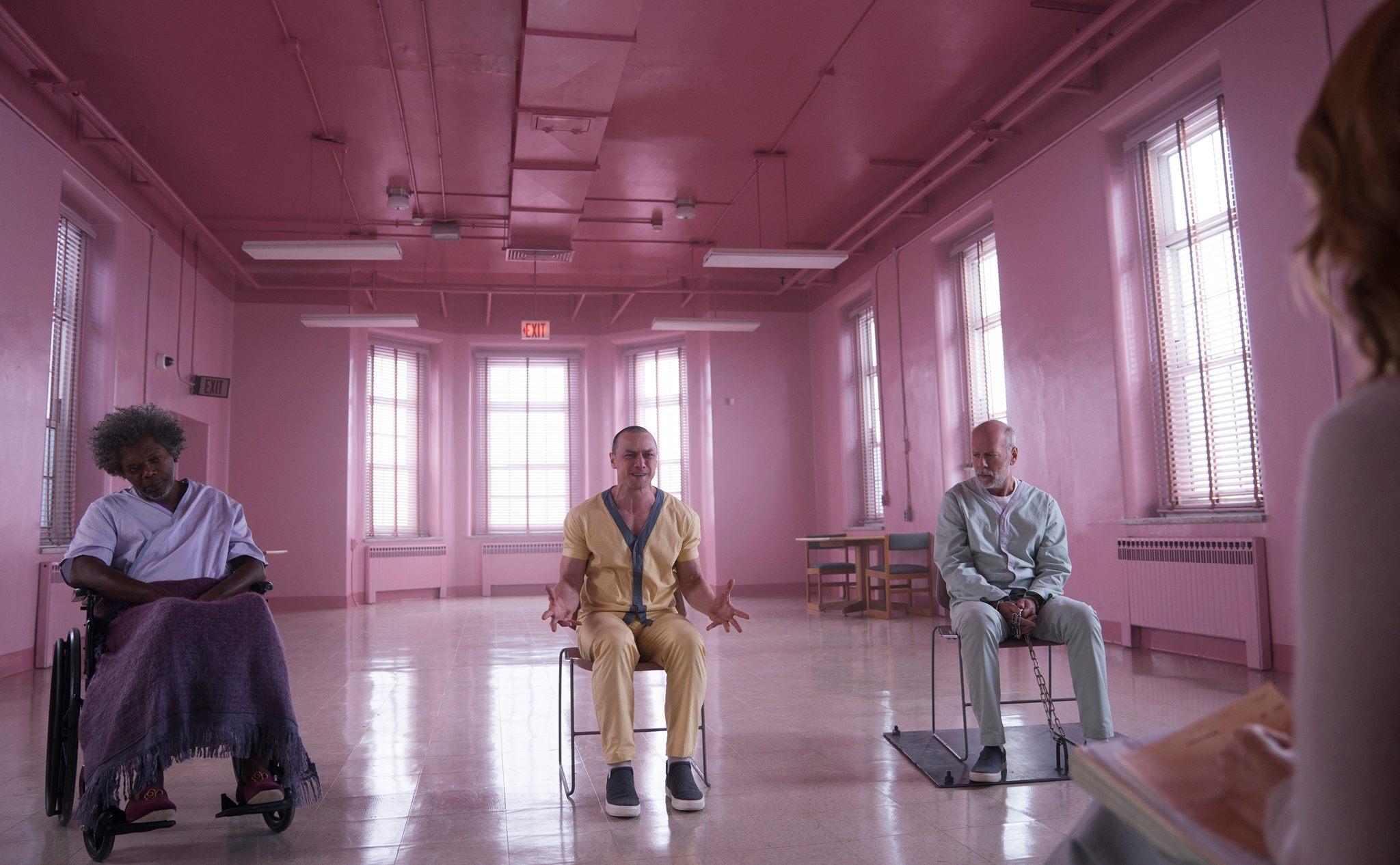 Премьера трейлера: «Стекло» с Брюсом Уиллисом и Джеймсом МакЭвоем