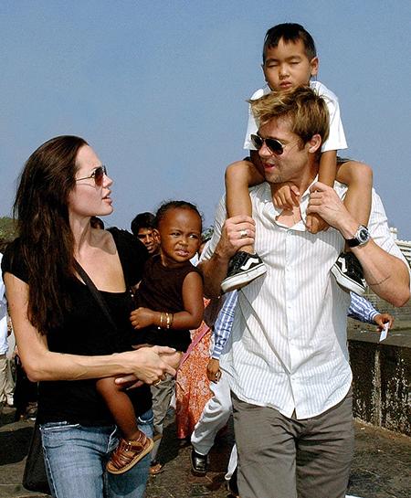 49710 Брэд Питт ответил на обвинения Анджелины Джоли, но она поставила его на место