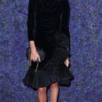 50487 Черным по белому: Шарлиз Терон, Кейт Бекинсейл и другие на открытии бутик-молла