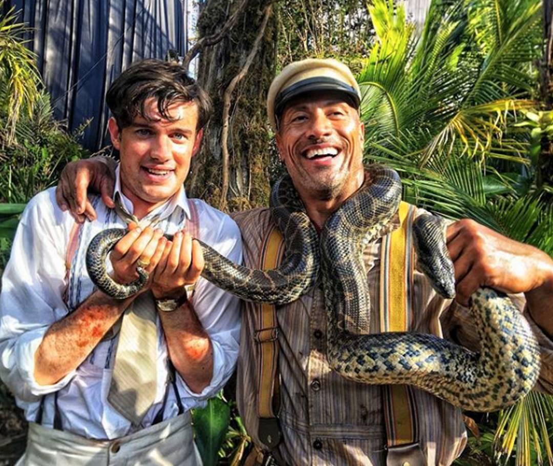 Первое фото: Дуэйн Джонсон в «Круизе по джунглям»