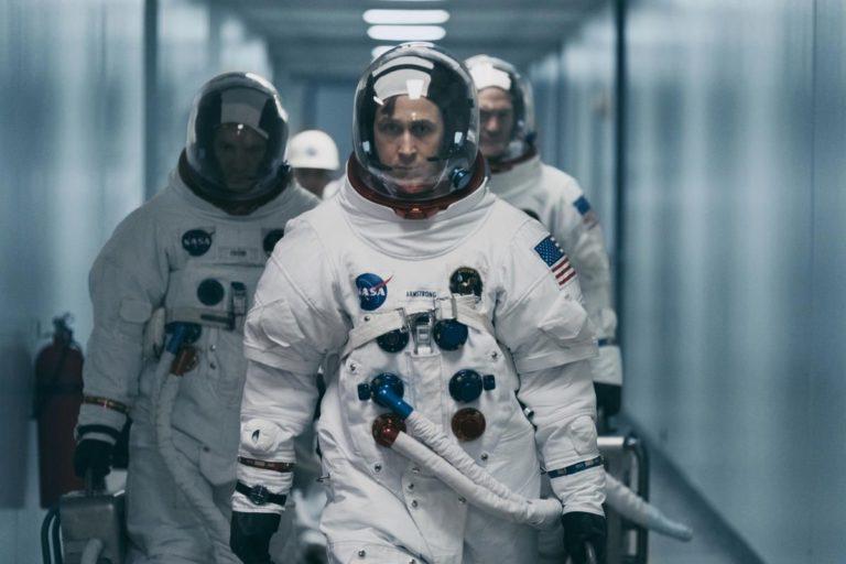 50840 Почему из фильма про Нила Армстронга вырезали важную сцену