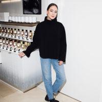 52153 Рената Литвинова с дочерью Ульяной, Полина Киценко и другие гости рождественского коктейля Dior