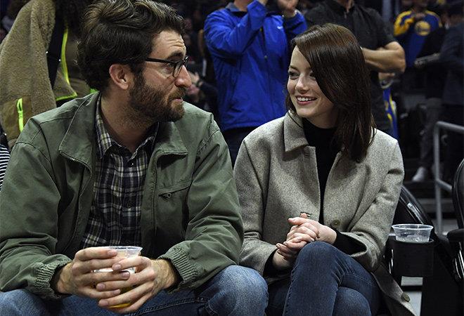 Редкий кадр: Эмма Стоун на свидании со своим бойфрендом Дэйвом МакКари