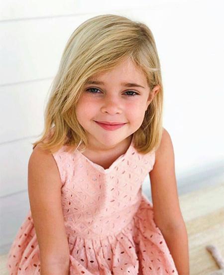 Стиль звездных детей: дочь шведской принцессы Мадлен и Криса О'Нилла – принцесса Леонор