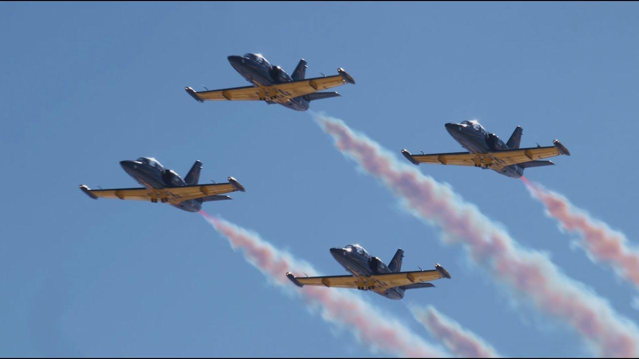 53326 Российские лётчики приветствуют Капитана Марвел