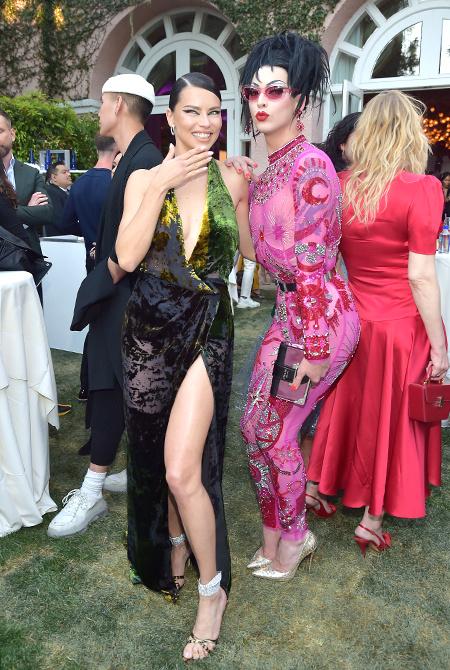 Рози Хантингтон-Уайтли, Леди Гага, Кейт Хадсон и другие на церемонии Daily Front Row Awards