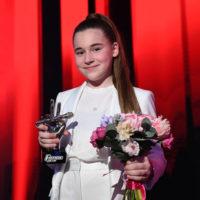 """55910 Дочь Алсу Микелла Абрамова впервые прокомментировала финал шоу """"Голос. Дети"""""""