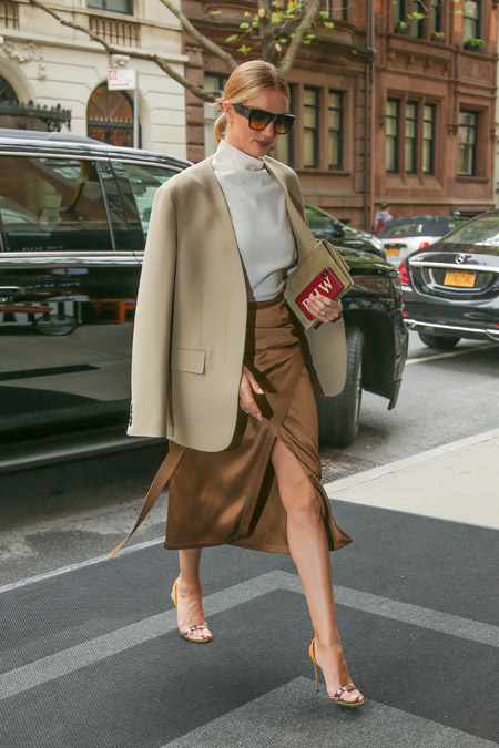 Два идеальных выхода Рози Хантингтон-Уайтли в Нью-Йорке