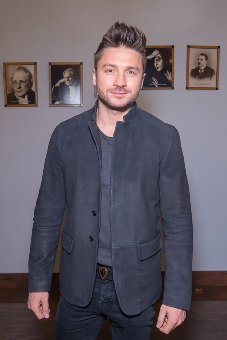 Лазарев перед Евровидением-2019, Григорьев-Апполонов после расставания с женой и другие гости премьеры в Малом театре