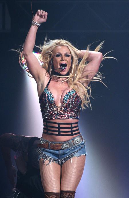 Менеджер Бритни Спирс заявил, что она вряд ли вернется на сцену