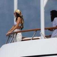 55894 Морская прогулка: Белла Хадид и Кендалл Дженнер на яхте в Монако