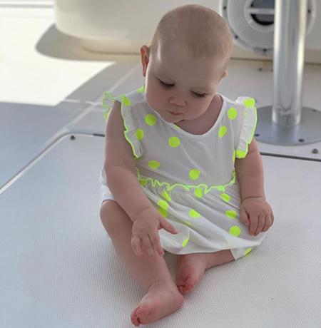Лера Кудрявцева поделилась первыми шагами дочери в милом видео