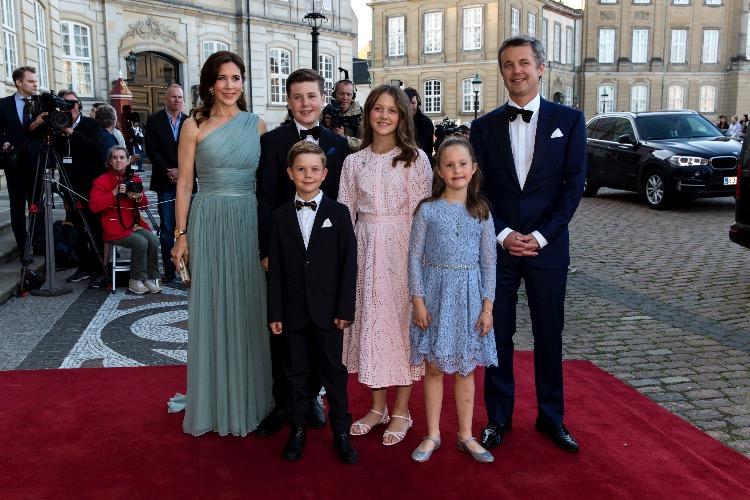 Принц Дании Иоахим отметил свое 50-летие в кругу семьи