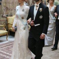 56361 Принцесса Швеции София повторила образ Кейт Миддлтон и Пэрис Хилтон на официальном приеме