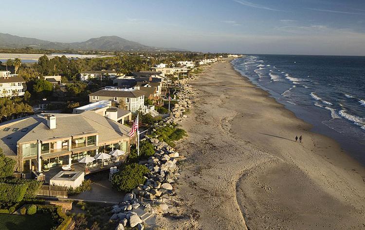 56428 В гостях у Эллен Дедженерес и Порши де Росси: экскурсия по идеальному поместью пары в Санта-Барбаре