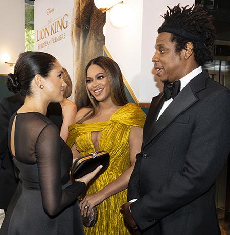 56713 Меган Маркл встретилась с Бейонсе на лондонской премьере «Короля Льва»