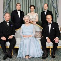 56705 На работу во дворец: как Кейт Миддлтон, Меган Маркл и другие представители монаршей семьи ищут нянь для своих детей
