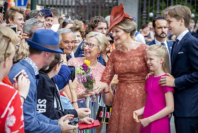 56807 Парадный выход: как королевская семья Бельгии отметила национальный день страны