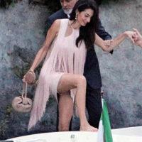 56942 В пудровых тонах: Амаль Клуни в платье Stella McCartney на ужине со Стеллой Маккартни, ее мужем и Джорджем Клуни