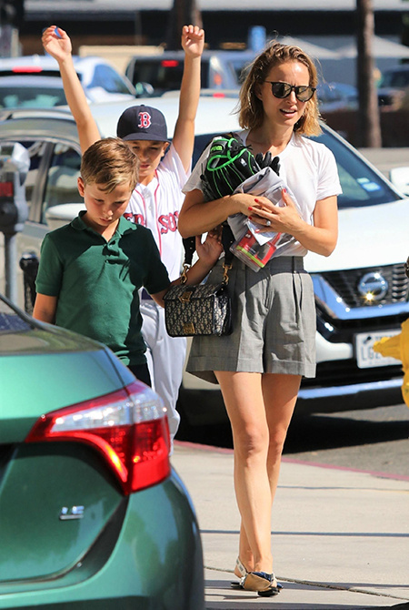 57831 Бейби-неделя: Джессика Альба, Натали Портман, Джейсон Стэтхэм и другие звезды на прогулке с детьми