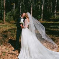 58452 365 дней спустя: Карли Клосс показала, как создавалось ее свадебное платье