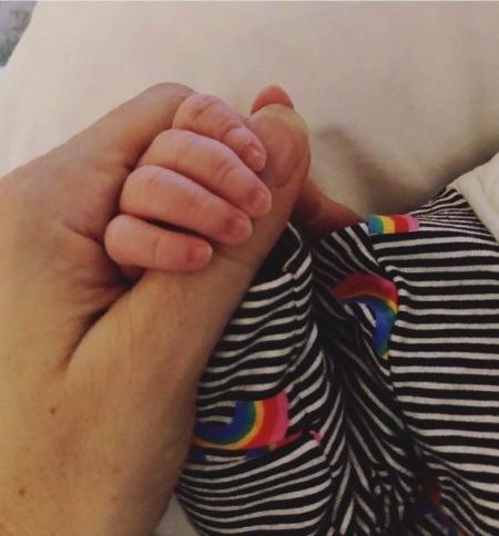 44-летняя певица Натали Имбрулья впервые стала матерью