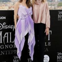 """58268 Анджелина Джоли и Мишель Пфайффер на фотоколле """"Малефисенты"""" в Риме"""
