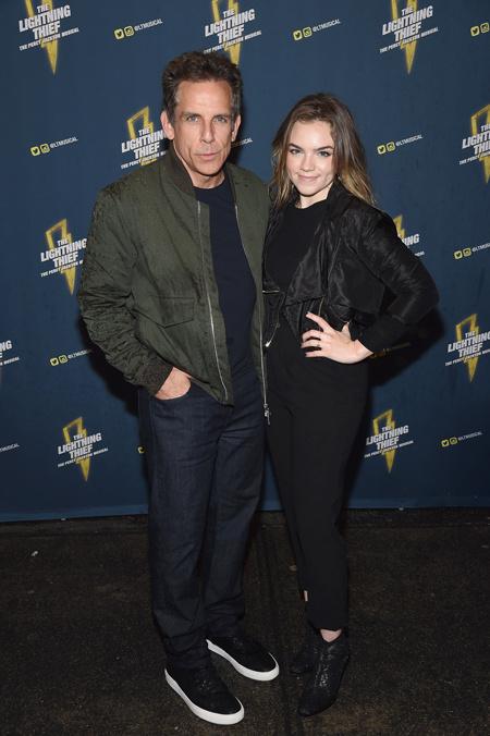 Бен Стиллер с дочерью Эллой на премьере бродвейского мюзикла