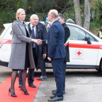 58771 Вышла из тени: княгиня Монако Шарлен посетила открытие школы в Италии