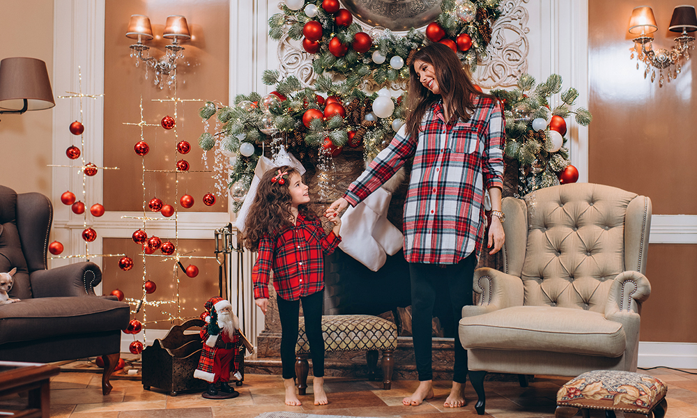 60120 Кети Топурия и ее подросшая дочь Оливия в своем загородном доме: фотосессия и интервью к Новому году