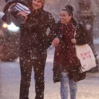 59843 Первый снег: Брэдли Купер с дочерью Леей на прогулке в Нью-Йорке