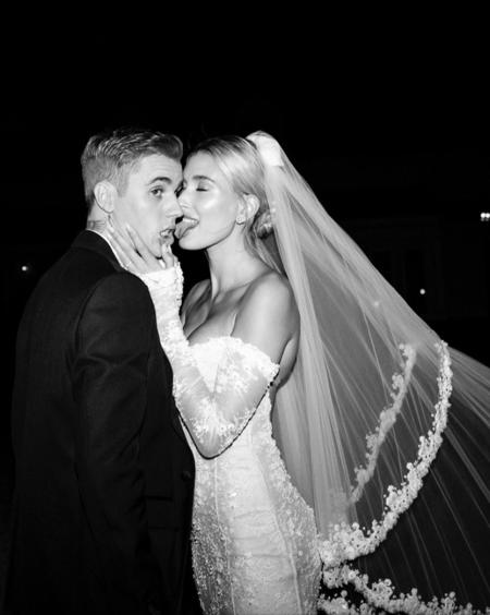 61258 Джастин и Хейли Бибер поделились ранее неизвестными фото и видео со свадьбы