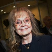 61553 Наталия Белохвостикова рассказала, как решилась на усыновление в 55 лет