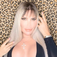 61273 Осталось только сменить пол: Живому Кену Родриго Алвесу сделали женское лицо