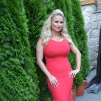 61697 Анна Семенович: «Выгляжу на 27 лет, и это не магия»