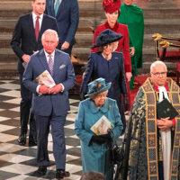 61913 Коронавирус изменил королевский протокол, но только не для принца Гарри и Меган Маркл: видео