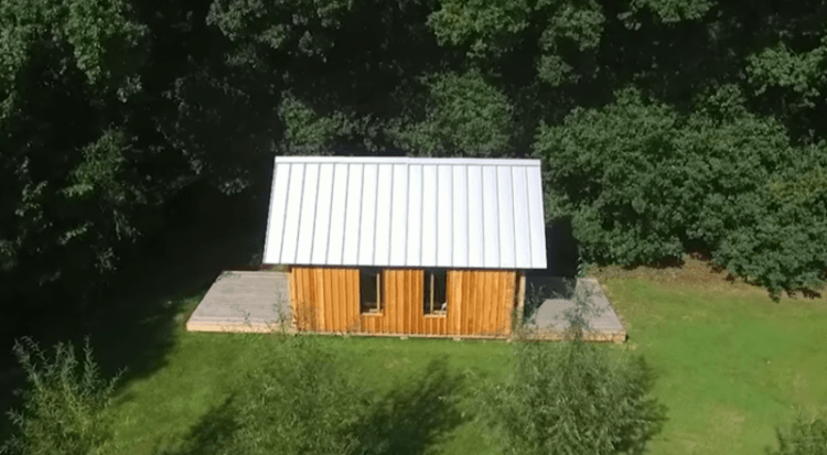 62219 Сын построил маме домик для отдыха и не простой, а с небольшим секретиком