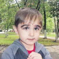 61714 У этого мальчика самые длинные ресницы в России