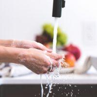 62652 История мытья рук: Как это делали в прошлом