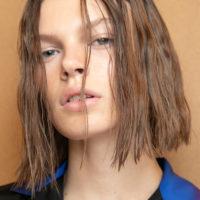 62717 Как ухаживать за волосами в период самоизоляции: советы эксперта