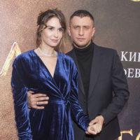 62505 Павел Прилучный и Агата Муцениеце продолжают жить в общем доме после расставания