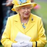 63019 Вместо торта: рецепт капкейков, которыми Елизавета II отмечала свое 94-летие