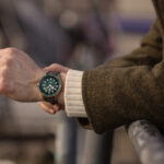 63448 От юбилейных часов до ювелирных масок: дайджест fashion-новостей недели